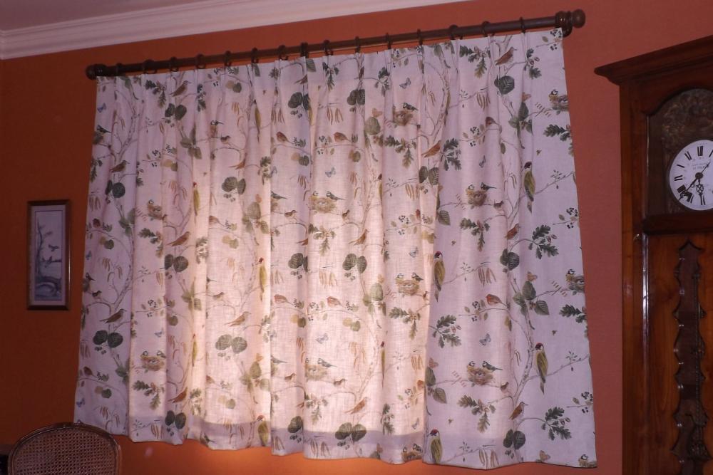 confection de rideaux doublés, tête à plis pincés fait main