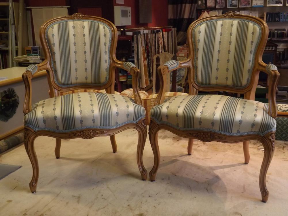 fauteuil en cabriolet Louis XV