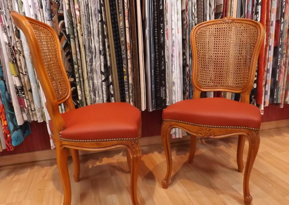 restauration de chaises Louis XV dossier cannée, garniture semi traditionnelle
