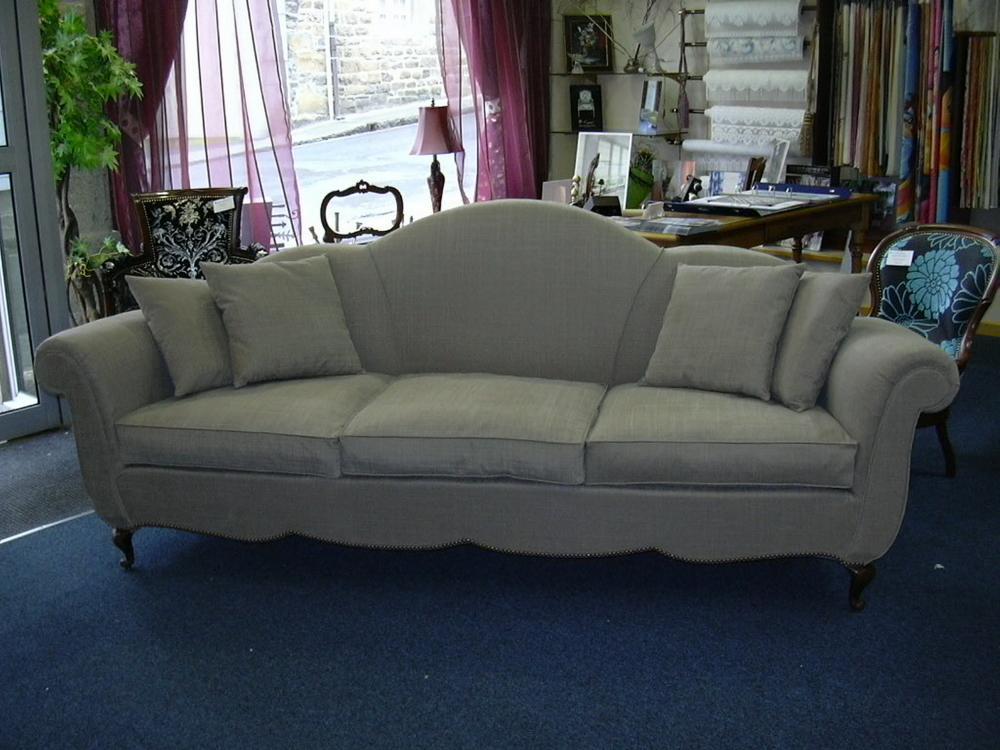 restauration d'un canapé contemporain