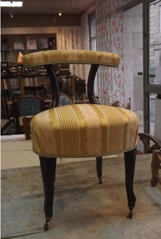 restauration en traditionnelle crin et ressorts, chaise fumeuse d'époque Napoleon III