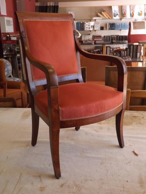 restauration d'un fauteuil restauration d'époque
