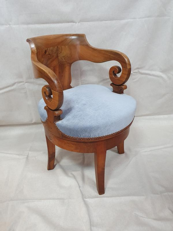 fauteuil de bureau d'époque restauration XIXe