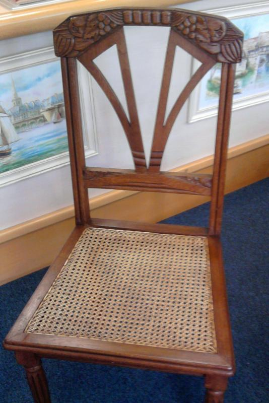chaise art-deco cannée