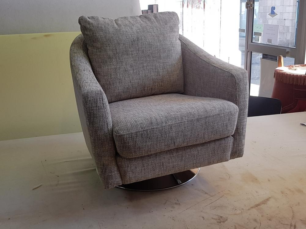 restauration fauteuil tapissier ameublement tissu decorateur decoration ollivier treguier paimpol lannion cotes d'armor bretagne